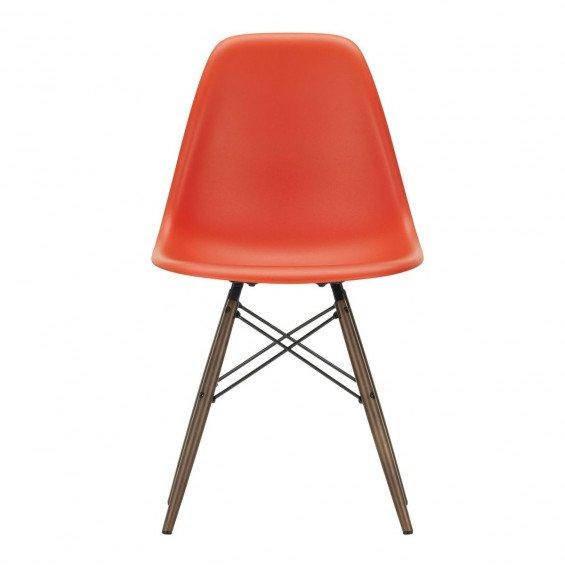 Vitra Eames Plastic Chair DSW Stoel Esdoorn Donker Onderstel