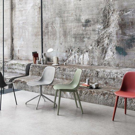 Muuto fiber side chair stoel houten poten misterdesign for Stoel houten poten
