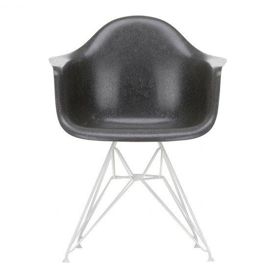 Vitra Eames Fiberglass Chair DAR Wit