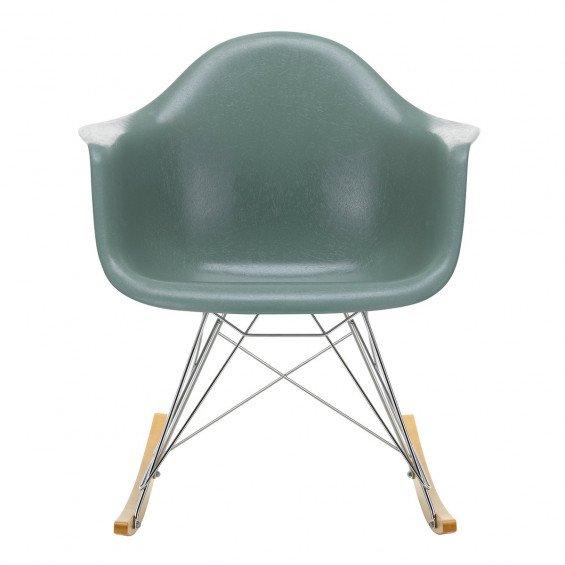 Vitra Eames Fiberglass Chair RAR Schommelstoel