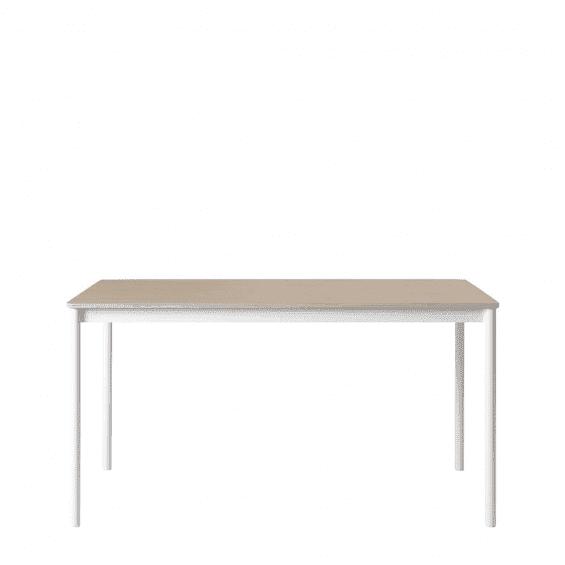 Muuto Base Eettafel Eiken / Multiplex
