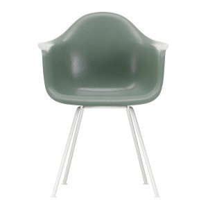 Eames Fiberglass Chair DAX Wit