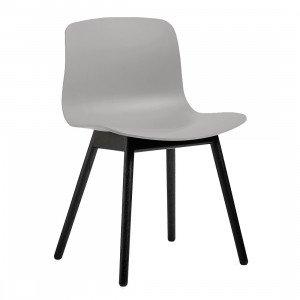 About A Chair AAC 12 Stoel Zwart Gelakt