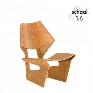 Laminated Chair Miniatuur