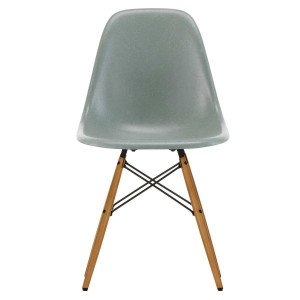 Vitra Eames Fiberglass Chair DSW