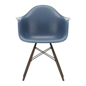 Vitra Eames Plastic Chair DAW Esdoorn Donker